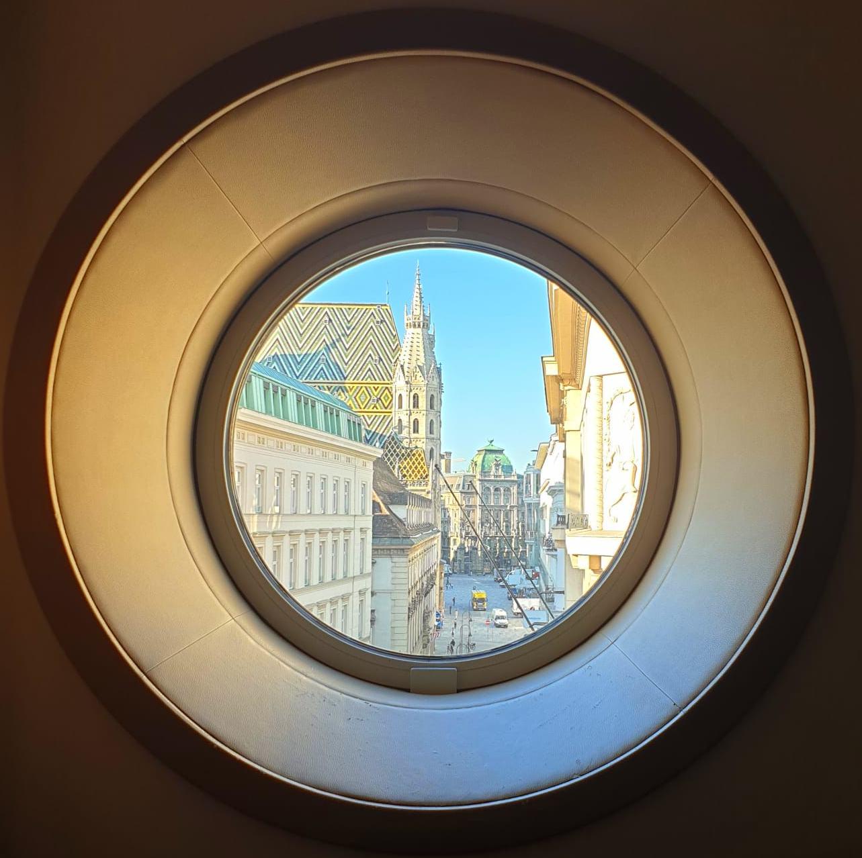 Ein Fest fürs Auge: curated by in Wien; Foto Stefan Kobel